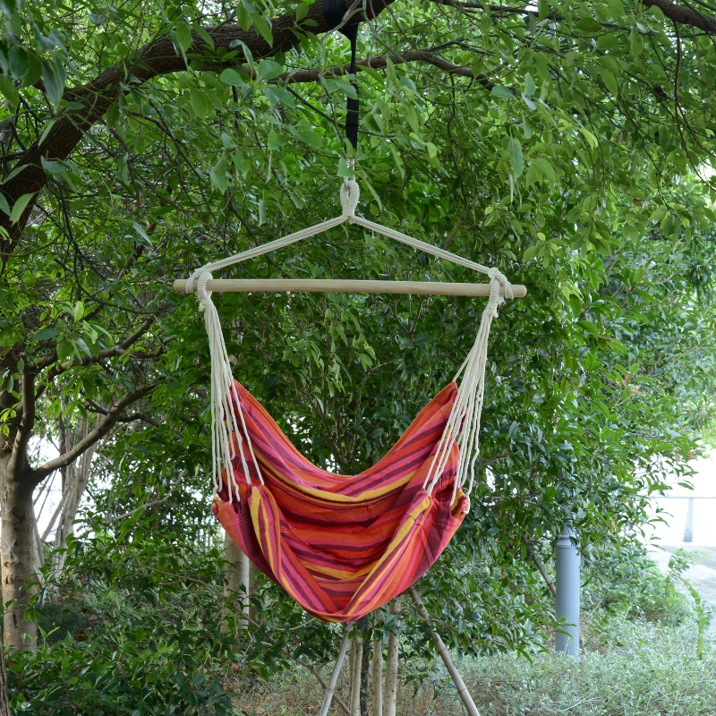 Outsunny Hanging Swing Chair, Cotton Cloth Size: 100L x 90W cm-Multicolour stripes, white rope