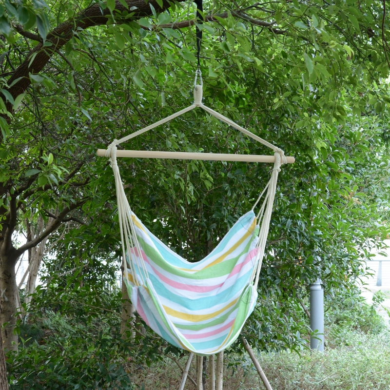 Outsunny Hanging Swing Chair, Cotton Cloth Size: 100Lx90W cm-Multi-colour stripes, white rope