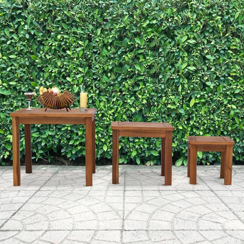 Zestaw 3 stolików Outsunny stolik kawowy, stoliki do wsuwania jeden pod drugi, stolik ogrodowy, stolik okolicznościowy, akacja, naturalny, 50 x 50 x 45 cm / 39 x 39 x 36 cm / 28 x 28 x 27,5 cm